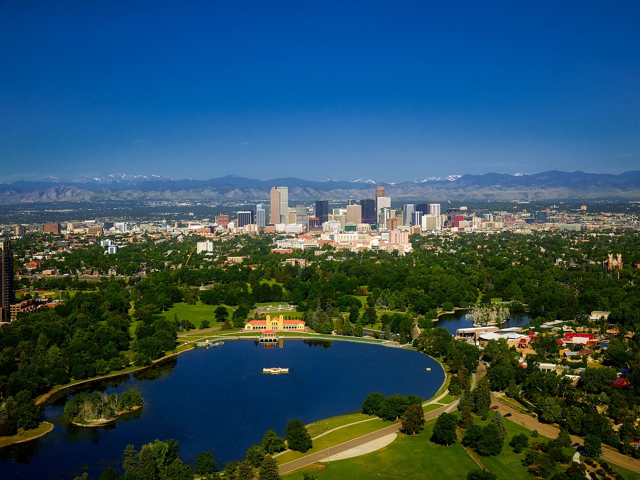 Reasons young experts from D.C. are moving to Denver